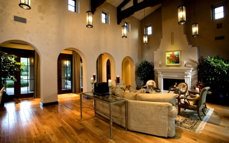 Shady Canyon Irvine Home retains exclusive value